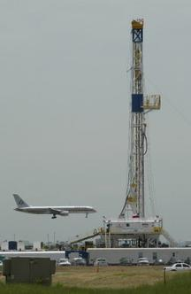 dfw-airport-with-rig