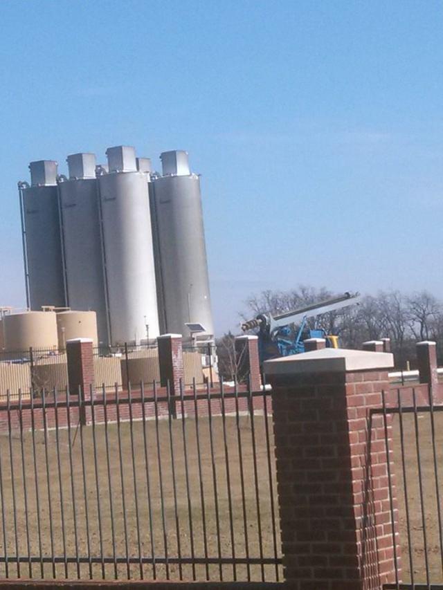 labc frack sand tanks